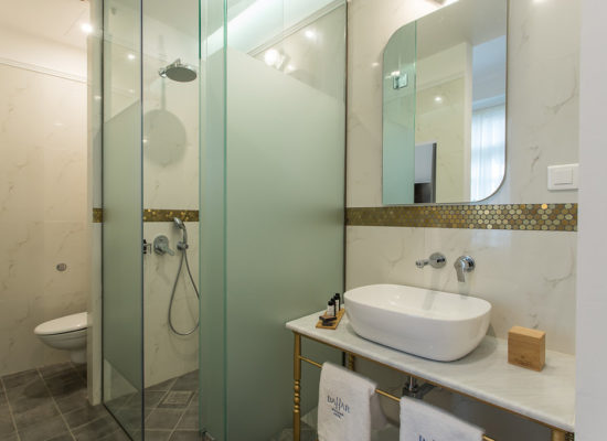Bahar Boutique Hotel Deluxe bathroom room